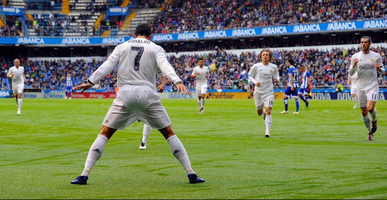 Adiós a Cristiano, el '7' que destrozó todos los récords goleadores y se colocó a la altura de las leyendas de