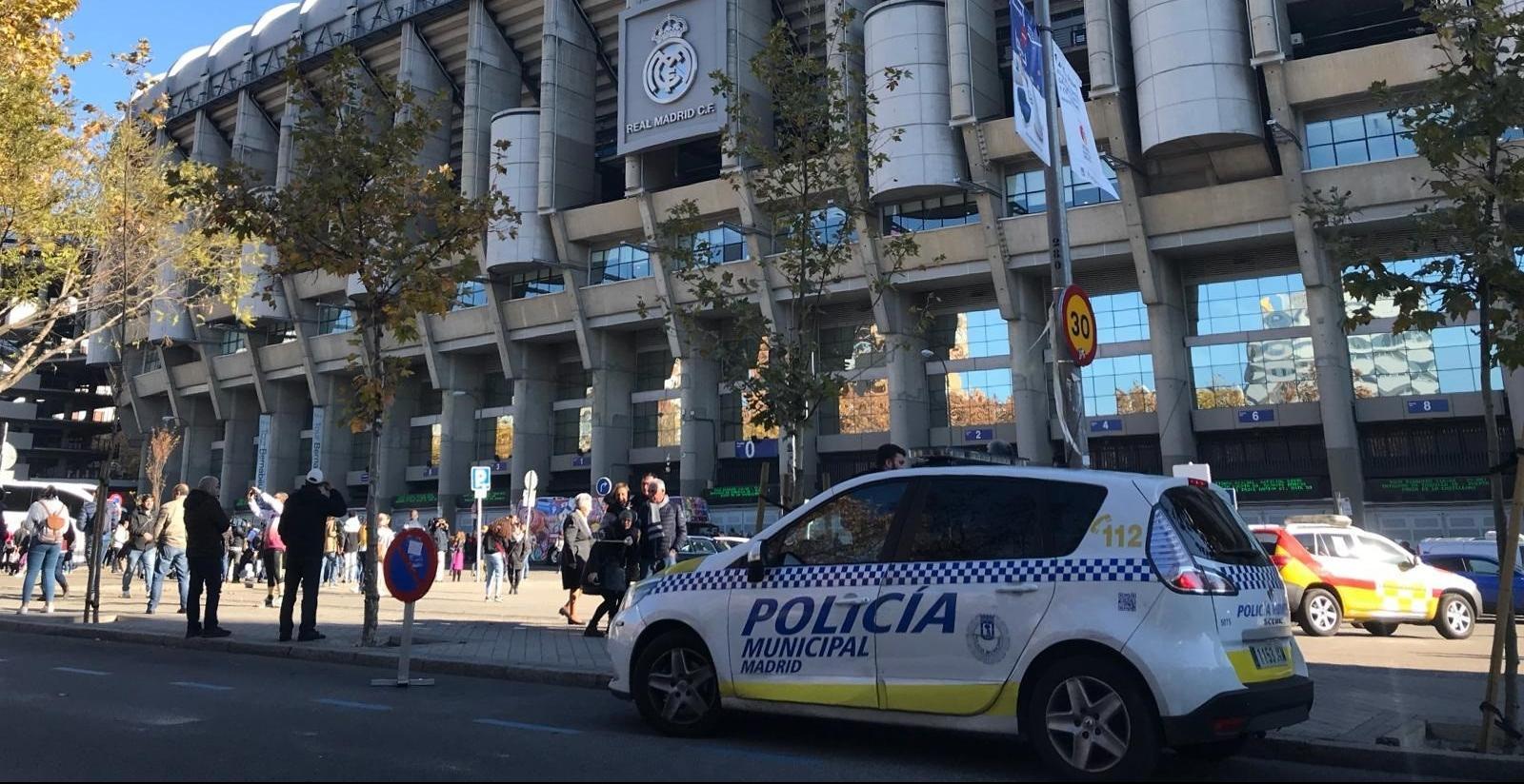 La Policía deniega el acceso en Barajas de un segundo hincha de River y abre expediente para que regrese a Argentina