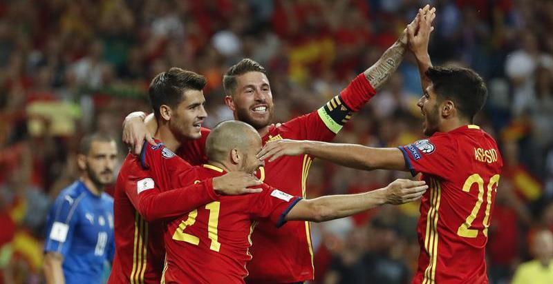 España enamora con su juego y ya acaricia la fase final del Mundial de Rusia