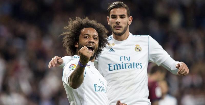 Un Madrid sin brillo recupera la confianza en el Bernabéu
