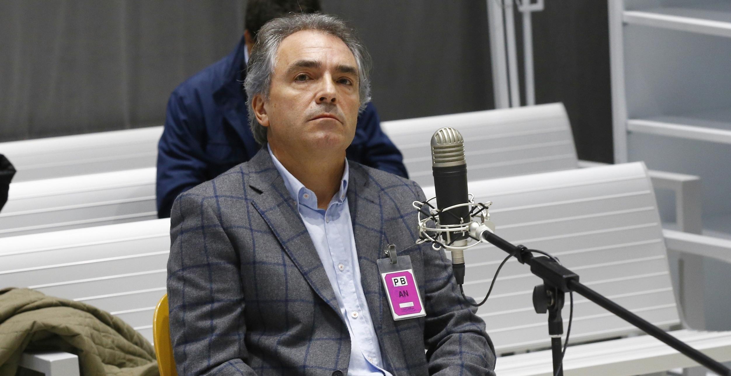 El acusado por la pitada al himno responde en catalán a su abogado en el juicio por la bronca en el Camp Nou de 2015
