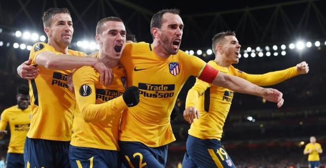 El Atlético resiste en Londres aferrado a Oblak y Griezmann