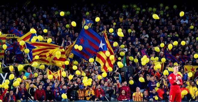 El Barcelona anuncia una acción judicial por la incautación de camisetas amarillas en la final de Copa contra el Sevilla