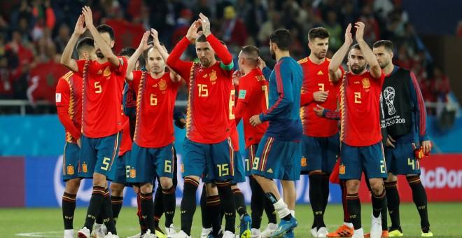 España empata 'in extremis' ante Marruecos gracias al VAR, acaba primera de grupo y se medirá a Rusia en los o