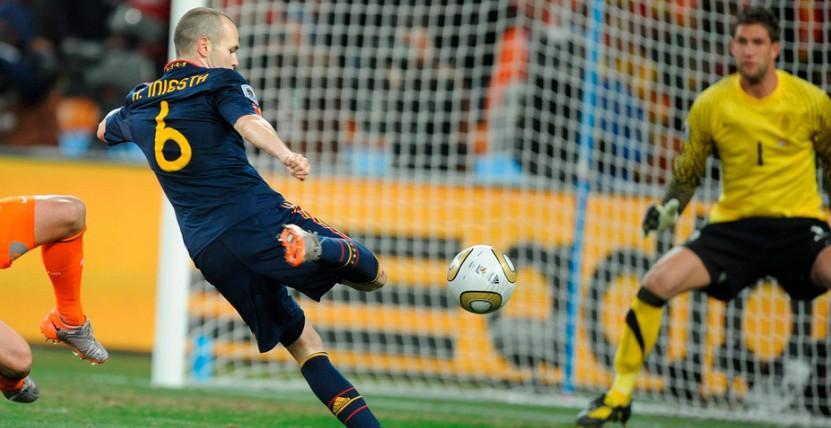 La emotiva carta de despedida de Iniesta a los aficionados de la selección