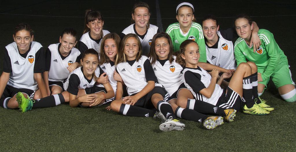 El Valencia discrimina a las niñas de su cantera: ellas tienen que pagar mientras los niños juegan gratis