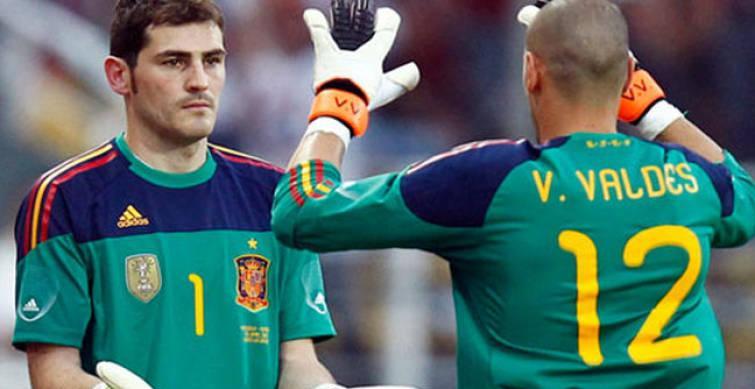 """Valdés, a Casillas: """"Tu corazón te reclama que seas de nuevo ese león blanco, pero detrás de la línea de banda"""""""