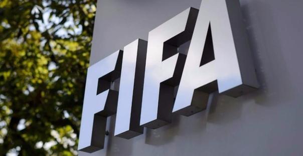 La FIFA impone un nuevo código de disciplina que permite a los árbitros de fútbol suspender partidos por racismo