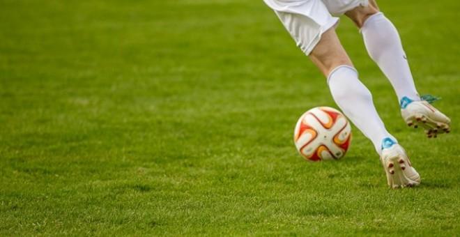 Hacienda investiga un fraude de más de cinco millones en el fútbol que implica a dos exjugadores del Atlético