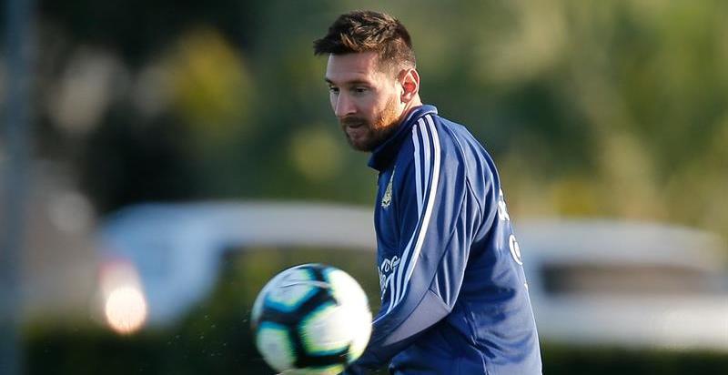 Messi, tres meses sin jugar con Argentina por sus declaraciones contra la Conmebol